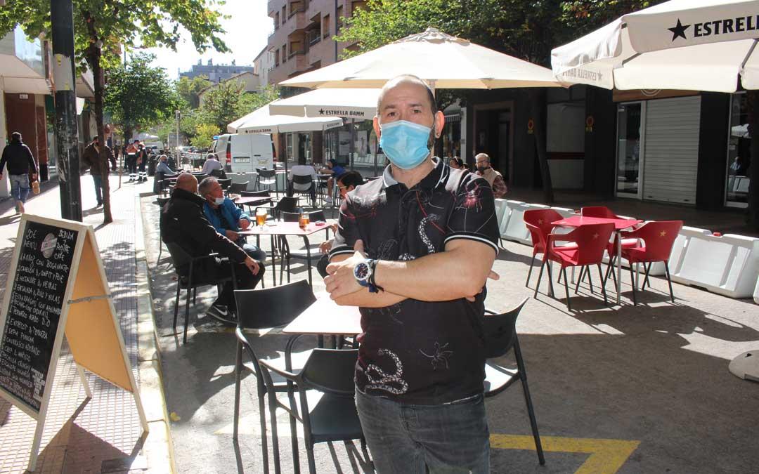 José Antonio Cerezo, cocinero del bar-restaurante Merinos