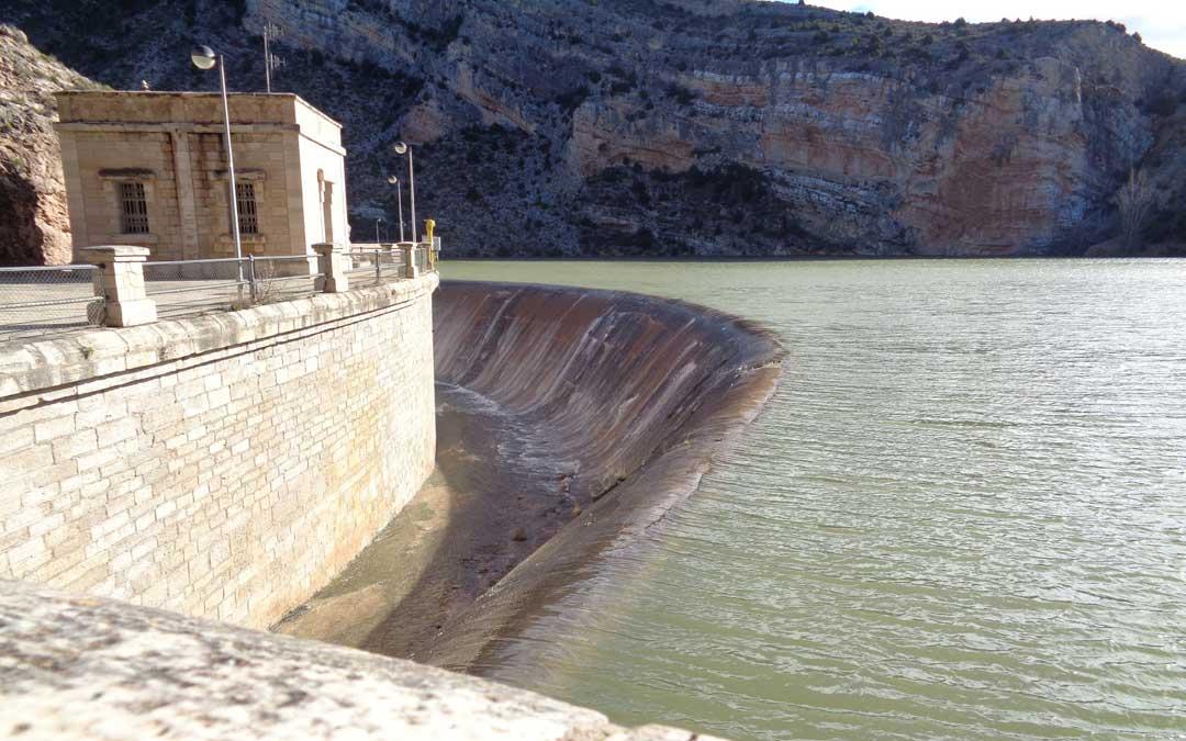 Una de las perspectivas del pantano de Cueva Foradada. / La Comarca