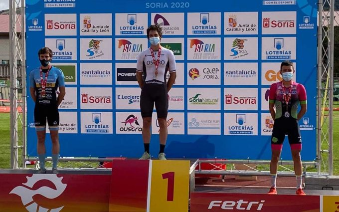 El andorrano Roberto Ruiz consigue el bronce en el Campeonato de España de duatlón de media distancia