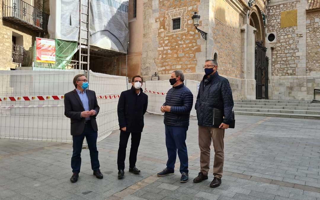 Joaquín Juste junto a otros representantes del PP en Teruel./La Comarca