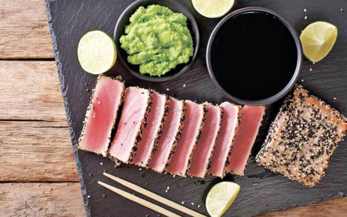 Tataki de atún rojo marinado