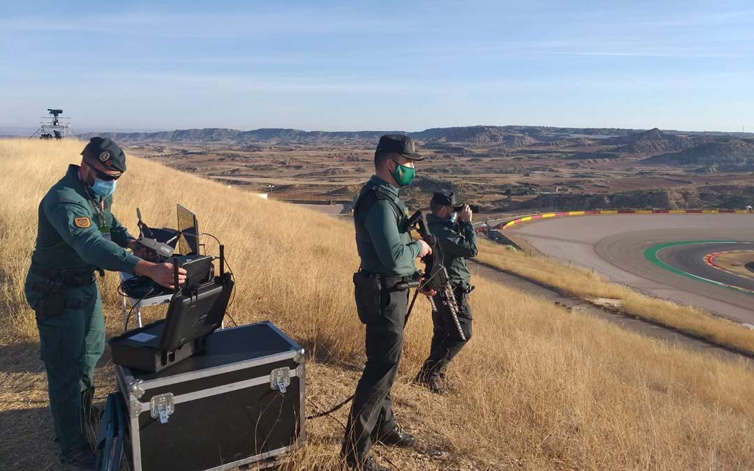 La Guardia Civil vigilando el circuito de Motorland./Guardia Civil Teruel