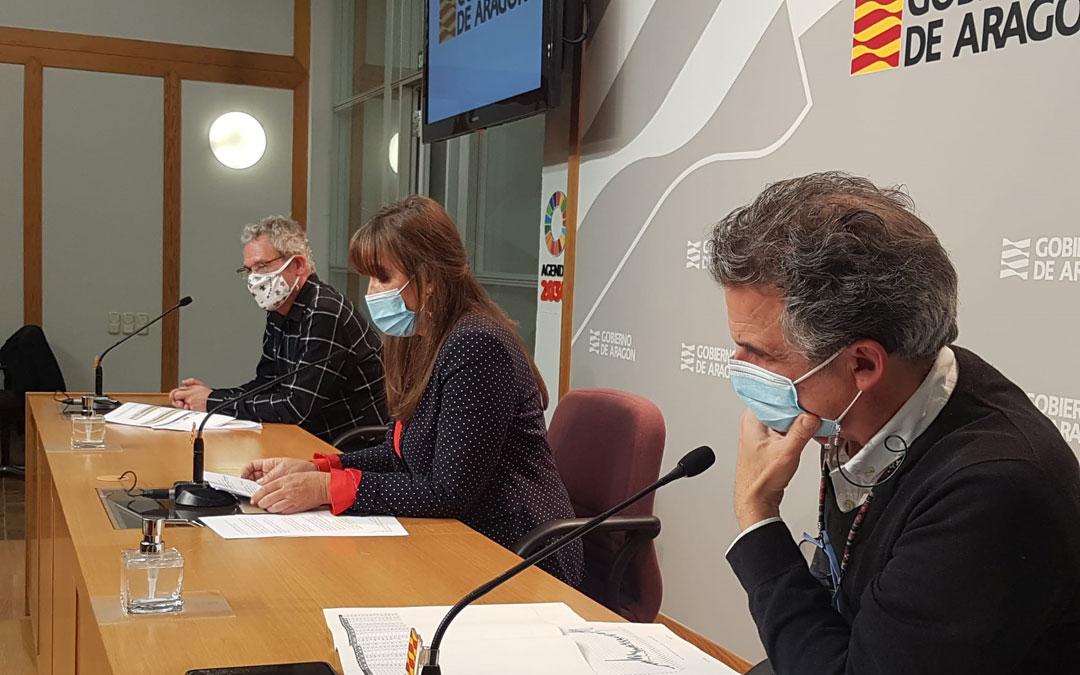 José Mª Abad, Sira Repollés y Francisco Javier Falo en rueda de prensa. / DGA