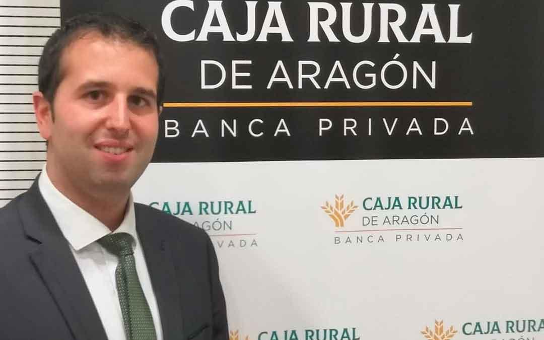Alberto Paul, responsable de Banca Privada de Caja Rural de Aragón en la Comarca del Bajo Aragón-Caspe.