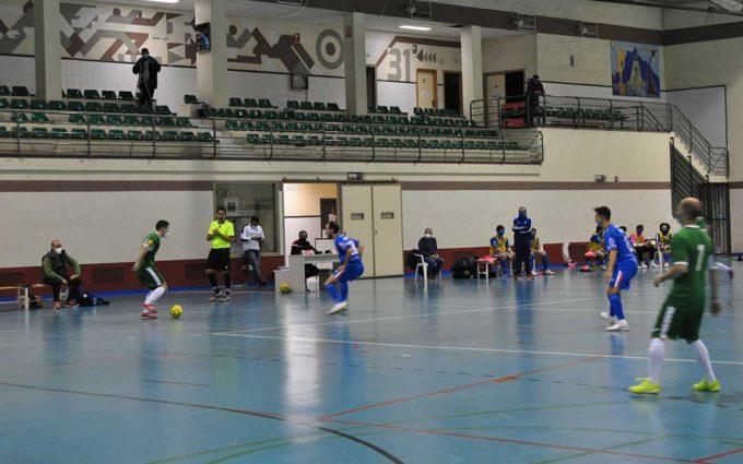 Derrota del Alcorisa de fútbol sala frente al Colo Colo en un arranque de la competición a puerta cerrada