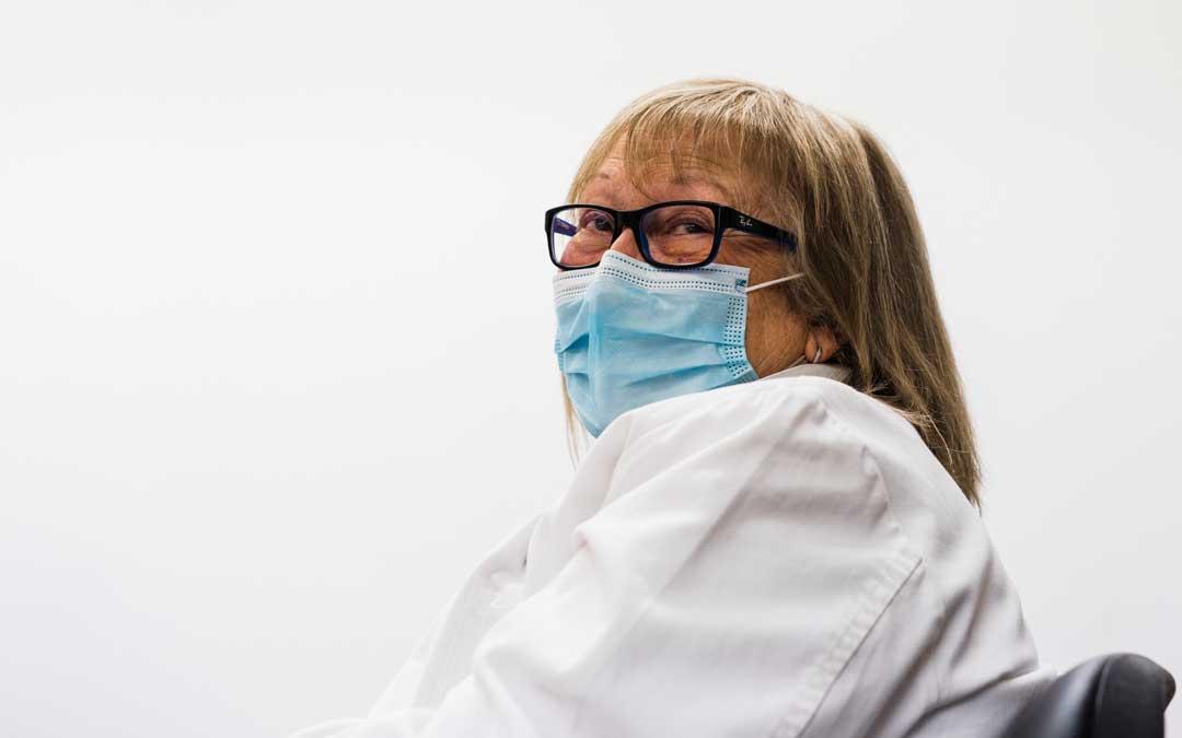 Lara ha sido directora de enfermería desde finales de 2015. Lleva 35 años trabajando en el sector sanitario de Alcañiz / Foto: Cesareo Larrosa