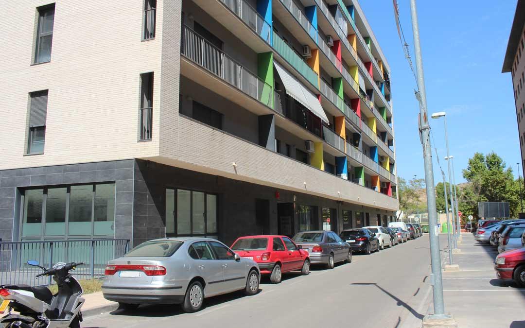 El centro de día se ubicará en los bajos del edificio de viviendas de alquiler para mayores / L. Castel
