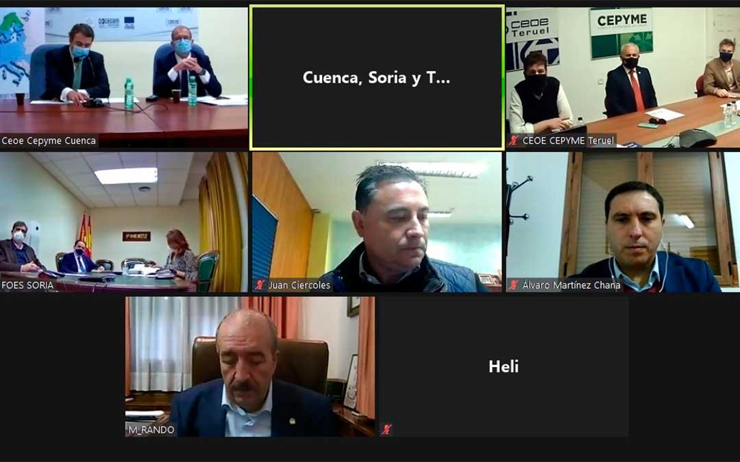 """Las tres CEOEs presentan el proyecto """"tractor"""" conjuntamente a los presidentes de las tres diputaciones provinciales de Soria, Teruel y Cuenca./ CEOE Teruel"""