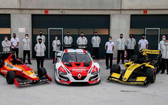 Estudiantes del Máster en Ingeniería de Monlau Repsol dirigen un test de Automovilismo en Motorland