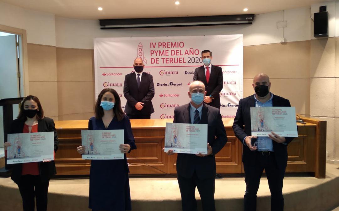 Foto de familia de la entrega del Premio Pyme Teruel 2020./Cámara de Comercio de Teruel