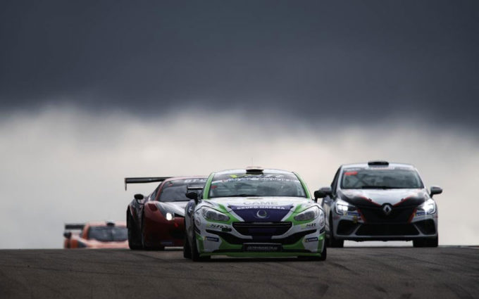 Primera toma de contacto de los pilotos del Campeonato de España de Resistencia-GT y del Trofeo Aniversario en Motorland