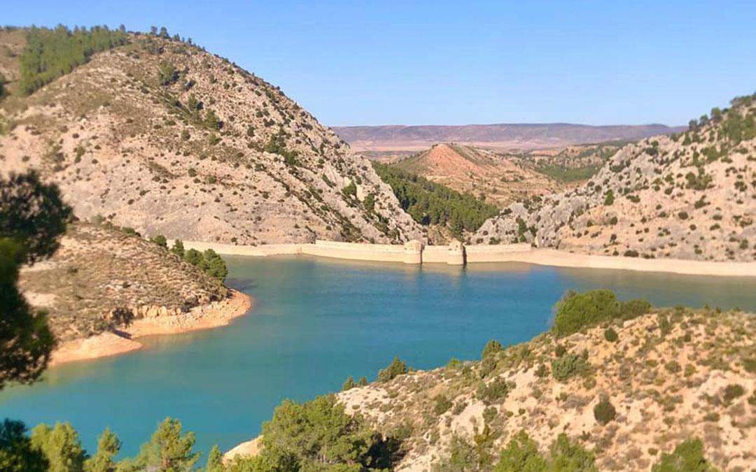 El pantano del Escuriza está ubicado en el paraje de 'los Congostos', en Oliete, Alloza y Estercuel