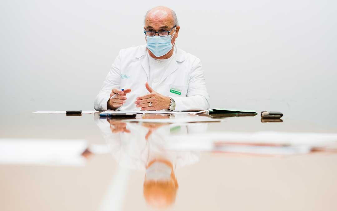 Pedro Bono durante la entrevista en el Hospital / Cesáreo Larrosa
