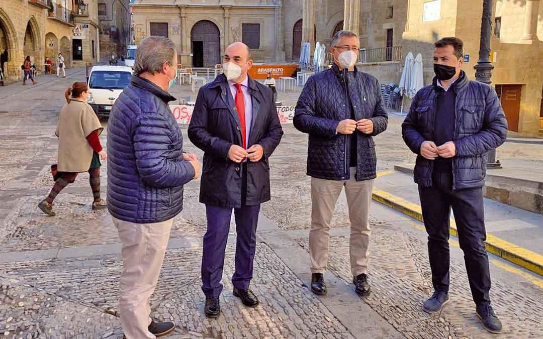 Los populares en rueda de prensa este lunes en Alcañiz
