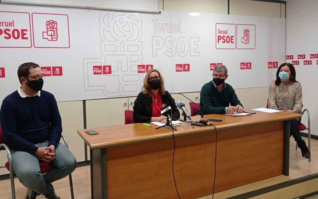 Rueda de prensa este lunes en Teruel. /PSOE Teruel