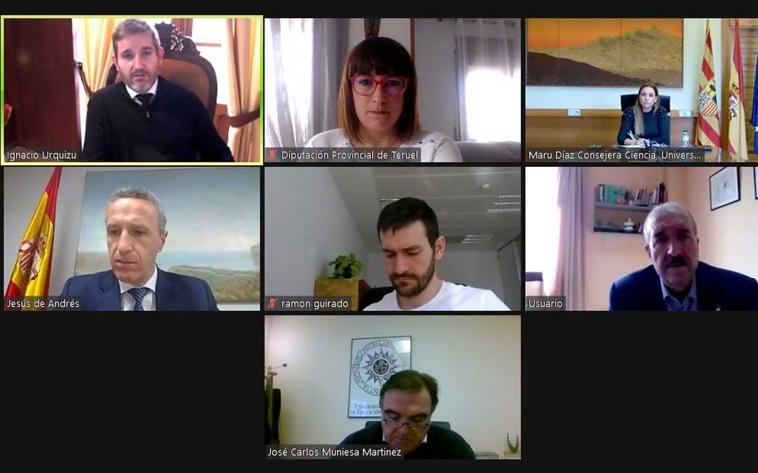 Ayuntamiento, Diputación de Teruel, Gobierno de Aragón y UNED participaron en el encuentro de este lunes