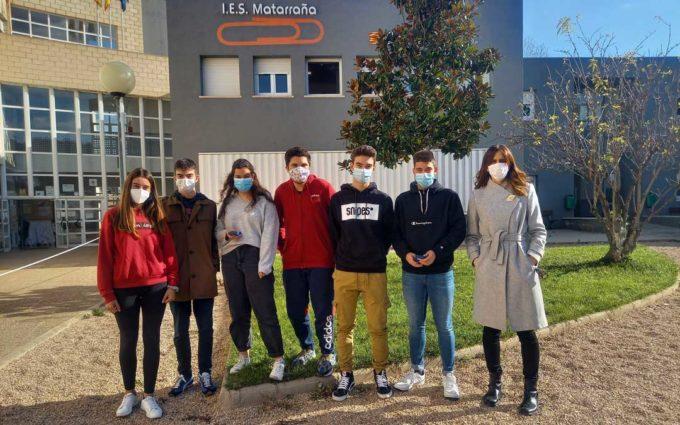 Los alumnos del IES Matarraña calculan la probabilidad de contagios covid en sus aulas