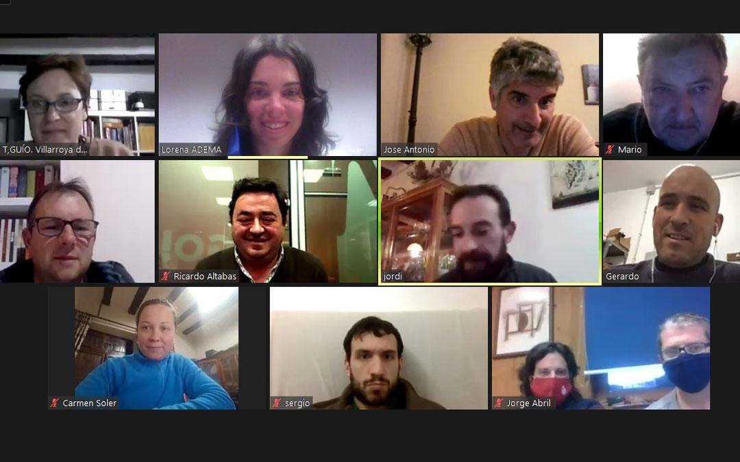 Reunión telemática de ADEMA para hablar de los proyectos LEADER. Foto: L.S.
