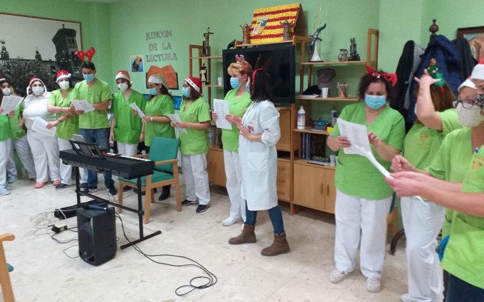 Recital de villancicos a cargo de las trabajadoras de La Purísima de Alcorisa