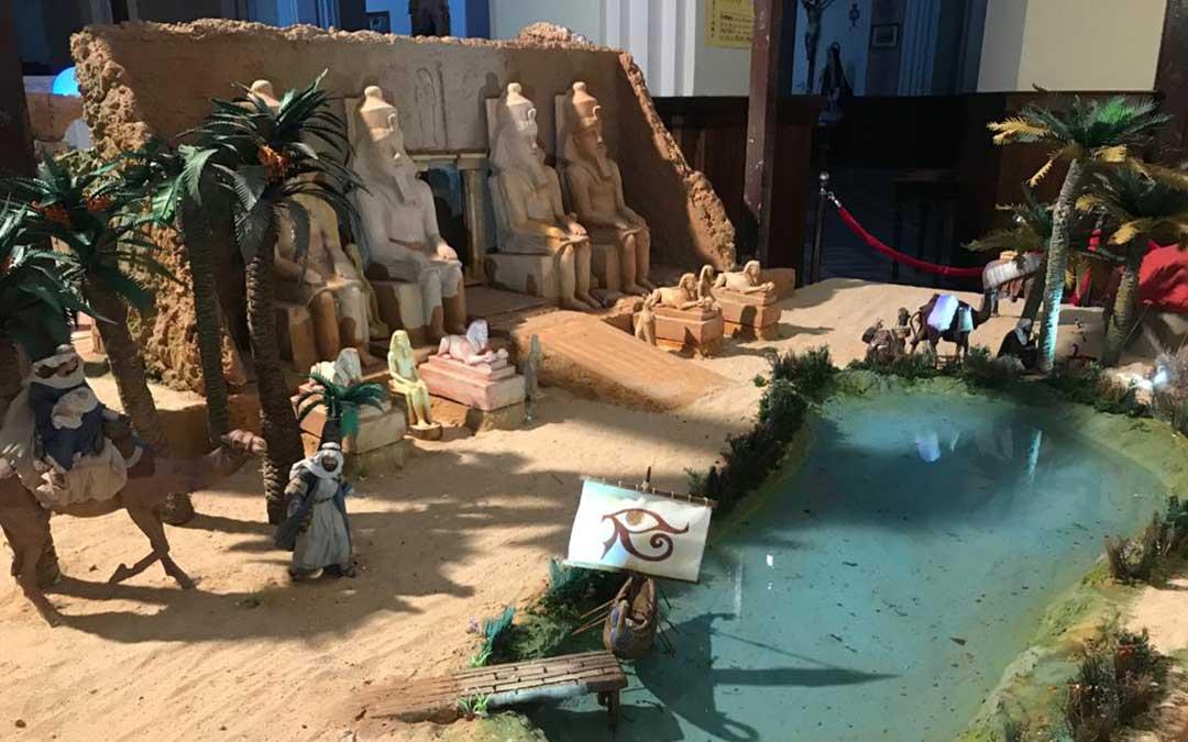 Esta nueva escena cuenta con un oasis y un templo egipcio./ Asoc. Amigos del Belén de Mas de las Matas