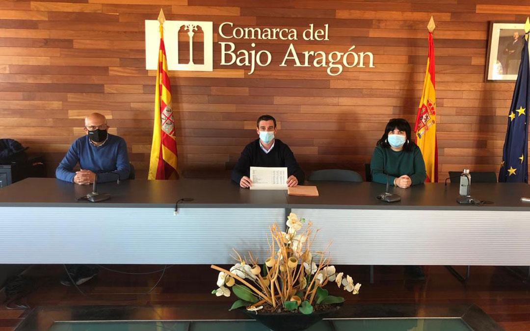 José Manuel Ínsa, Luis Peralta y María Victoria Alloza. / Comarca Bajo Aragón