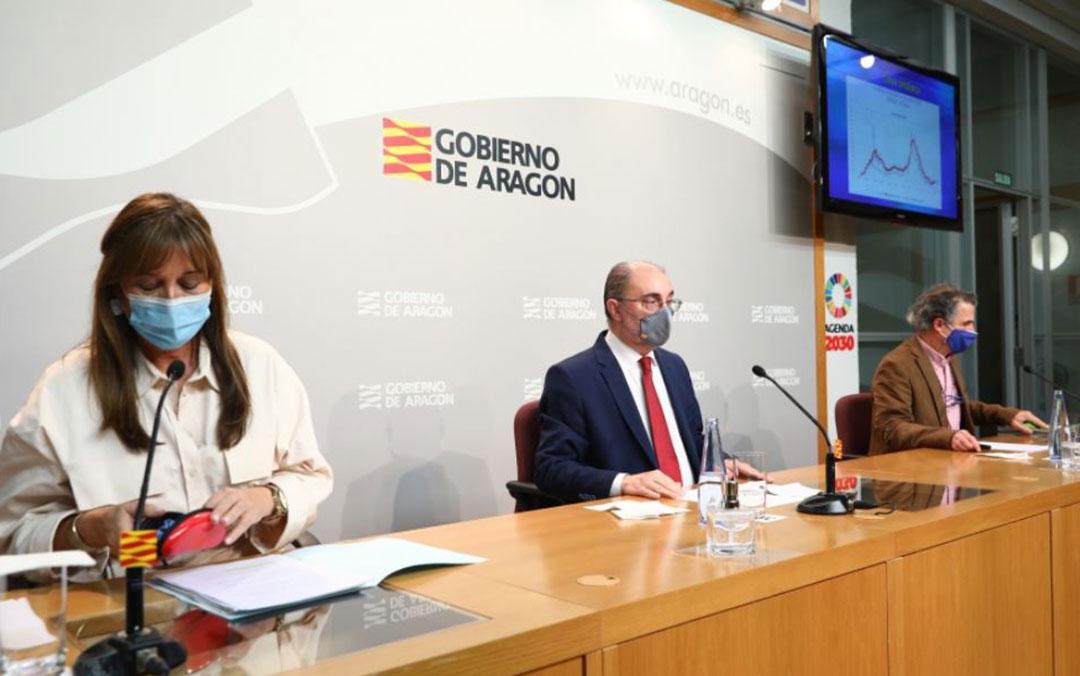 Sira Repollés, Javier Lambán y Francisco Javier Falo en rueda de prensa este sábado./ DGA