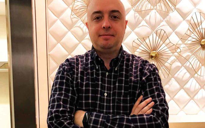 Jorge Viver: «Desde China detectamos falta de mascarillas y quisimos colaborar»