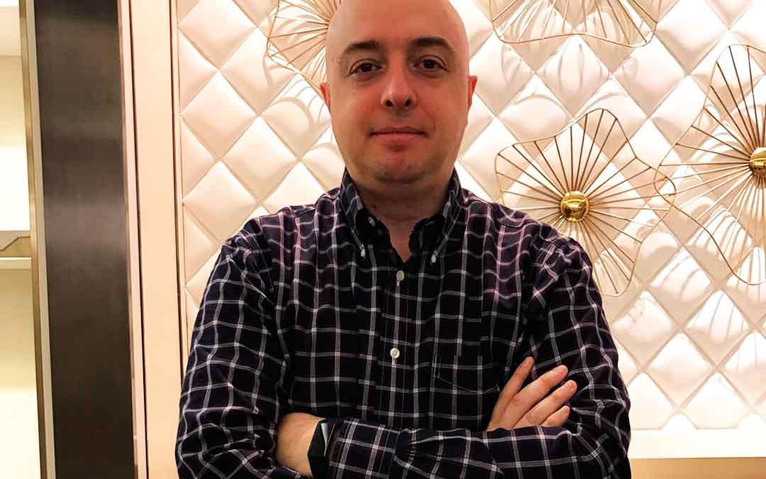 El maellano Jorge Viver reside en Dongguan (China) junto a su familia.
