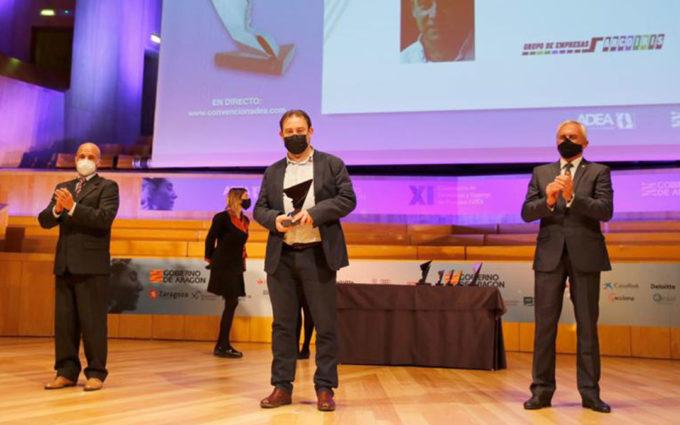 El director del Grupo Arcoiris, Juanjo Moles, premio ADEA al mejor directivo de Teruel