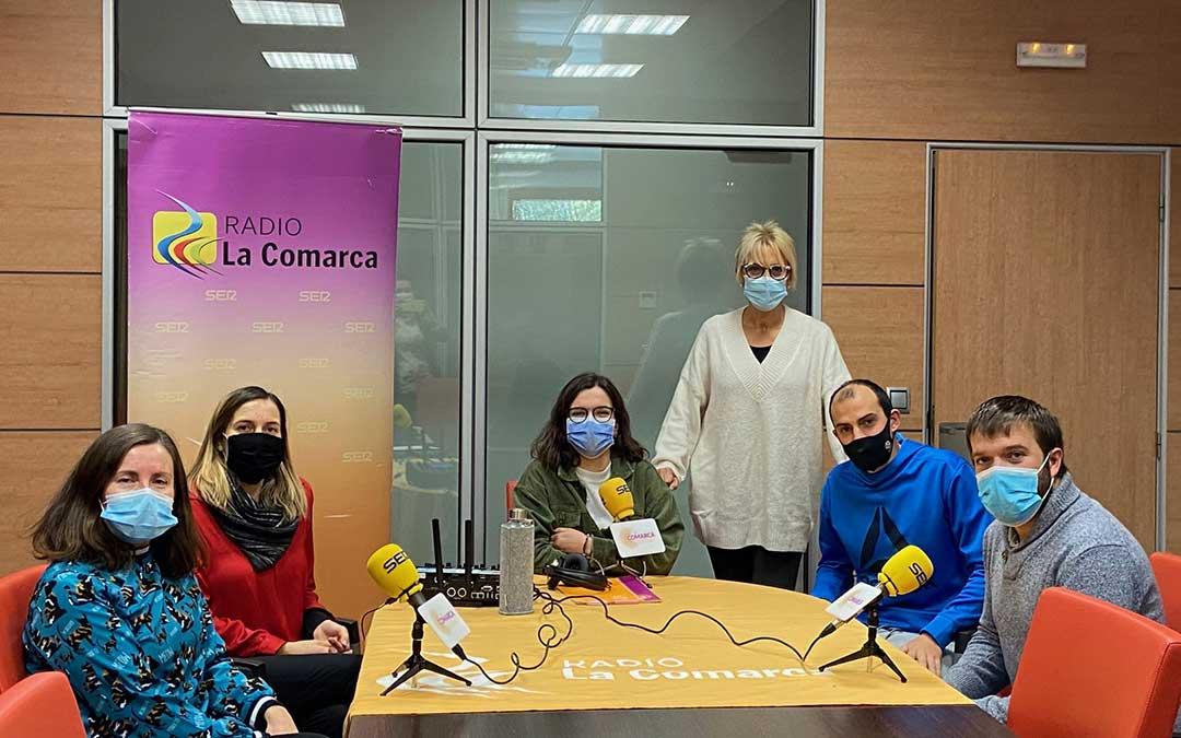 Invitados al programa especial de Radio La Comarca desde la sede de la Comarca del Maestrazgo./ L.C.