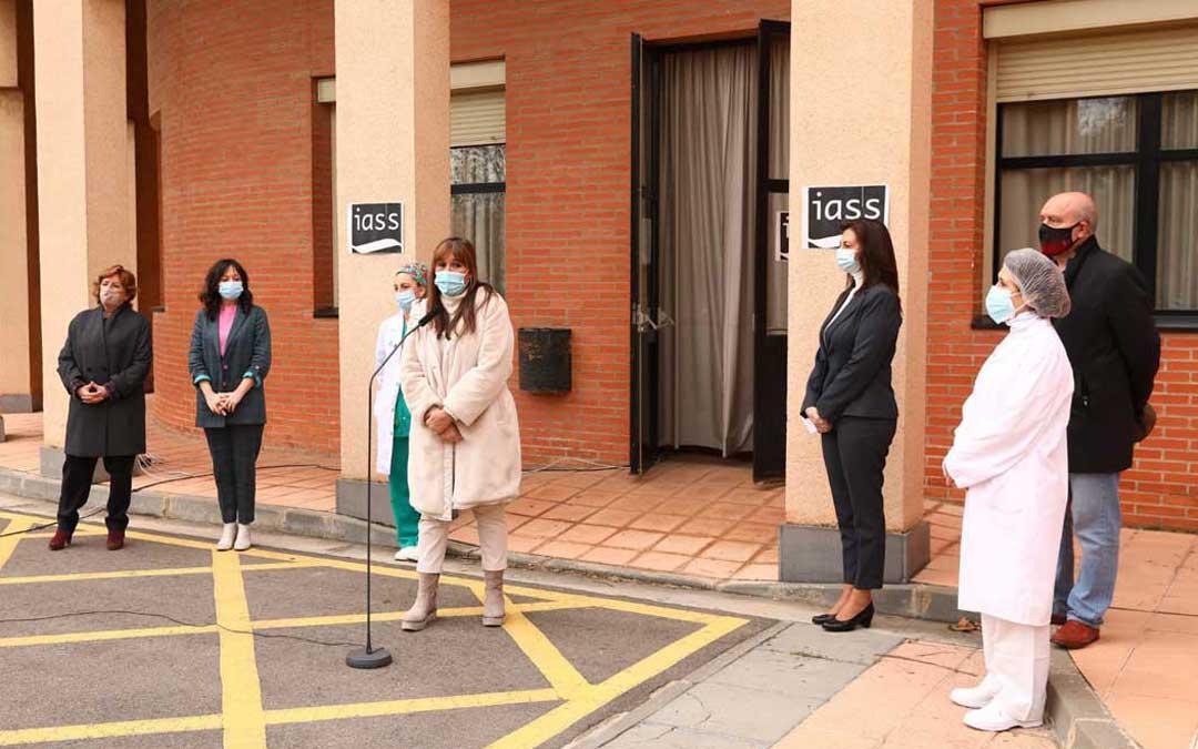 Las consejeras de Sanidad, Sira Repollés, y de Ciudadanía y Derechos Sociales, María Victoria Broto, han atendido a los medios de comunicación tras la administración de las primeras vacunas / DGA
