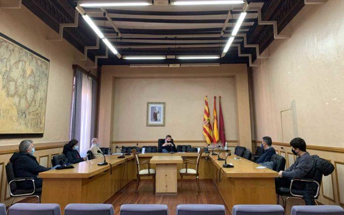 """Se refuerza la presencia policial en Alcañiz para controlar que se cumplen las normas en el """"tardeo"""""""
