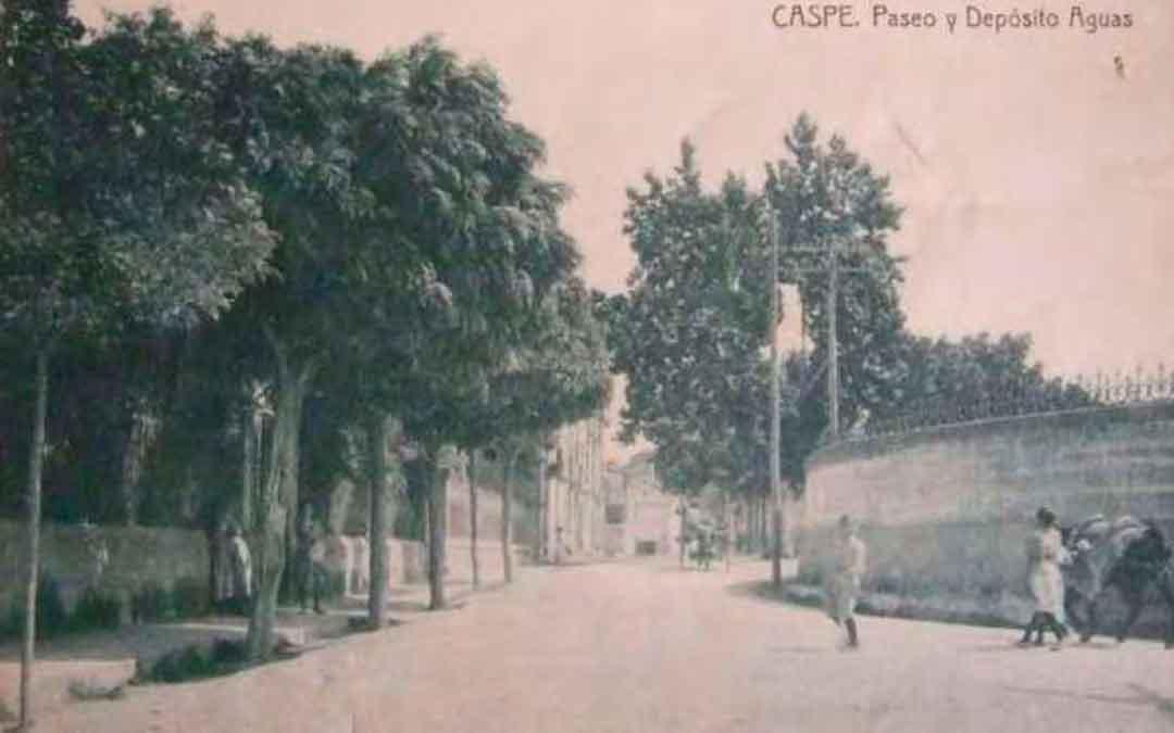 Imagen de la antigua balsa de Caspe, en la plaza Aragón de la localidad. Imagen: Asoc. a.c.c.
