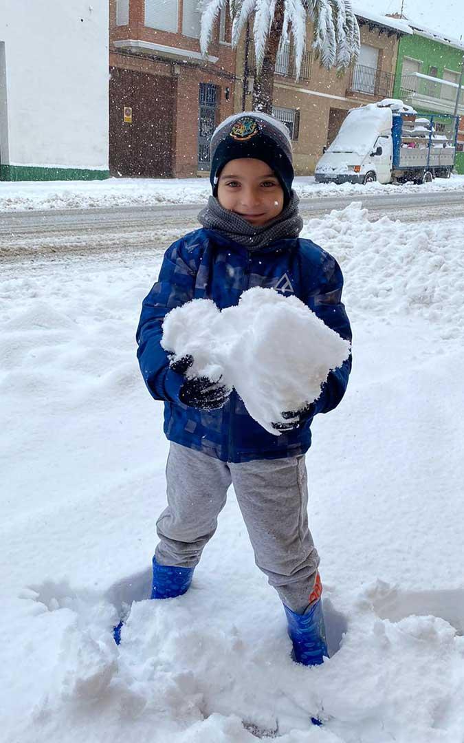 Gran bola de nieve en Calanda./ Noemi Moral