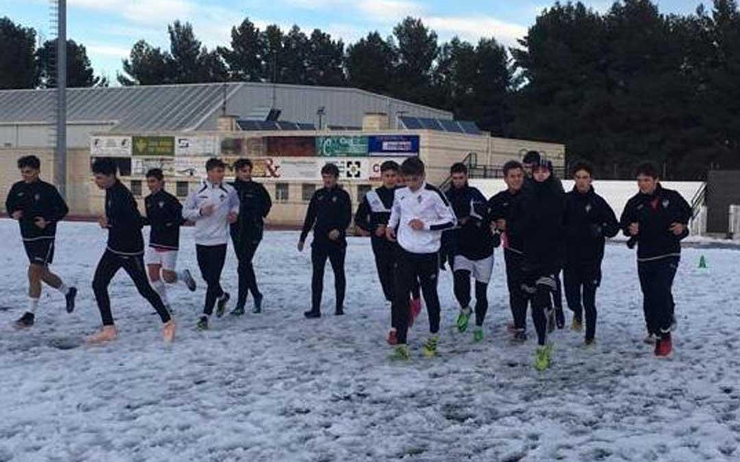 Entrenamiento del juvenil del Alcañiz de Liga Nacional la pasada semana. Foto: Alcañiz C.F.