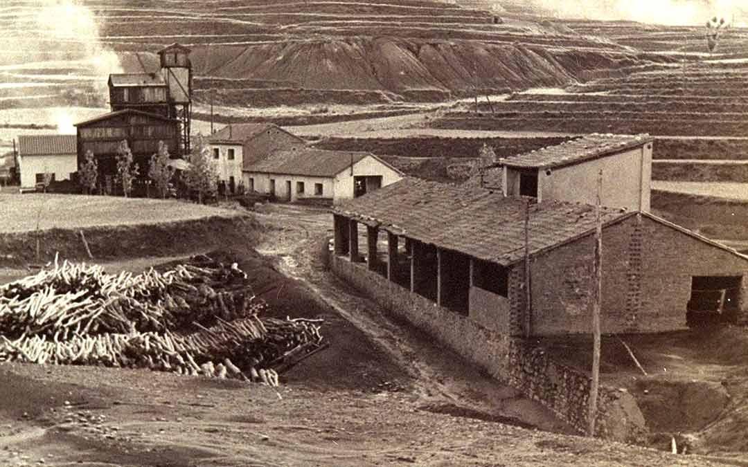 Imagen de la colección de estampas mineras realizada por la Asociación./Asociación Patrimonio Minero de Escucha