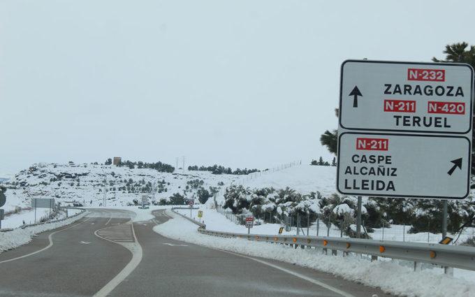 La previsión de hielo cierra las aulas y obliga a extremar las precauciones en carretera