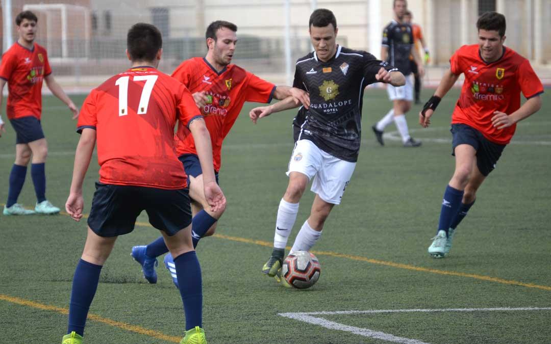 El fútbol regional podría regresar a los campos el 13 de febrero. Foto: L.C.
