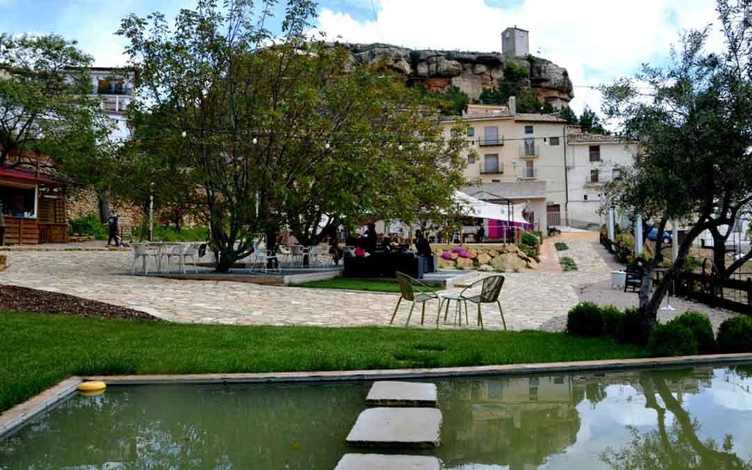 Los propietarios de hoteles del medio rural creen que la legislación no se ajusta a su realidad. En la imagen Hotel Posada Guadalupe de Monroyo.