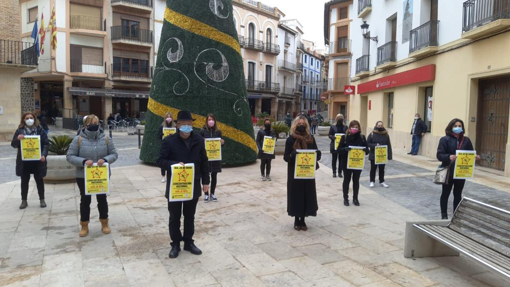 Concentración del sector de la imagen personal en Calanda / CEOE Teruel