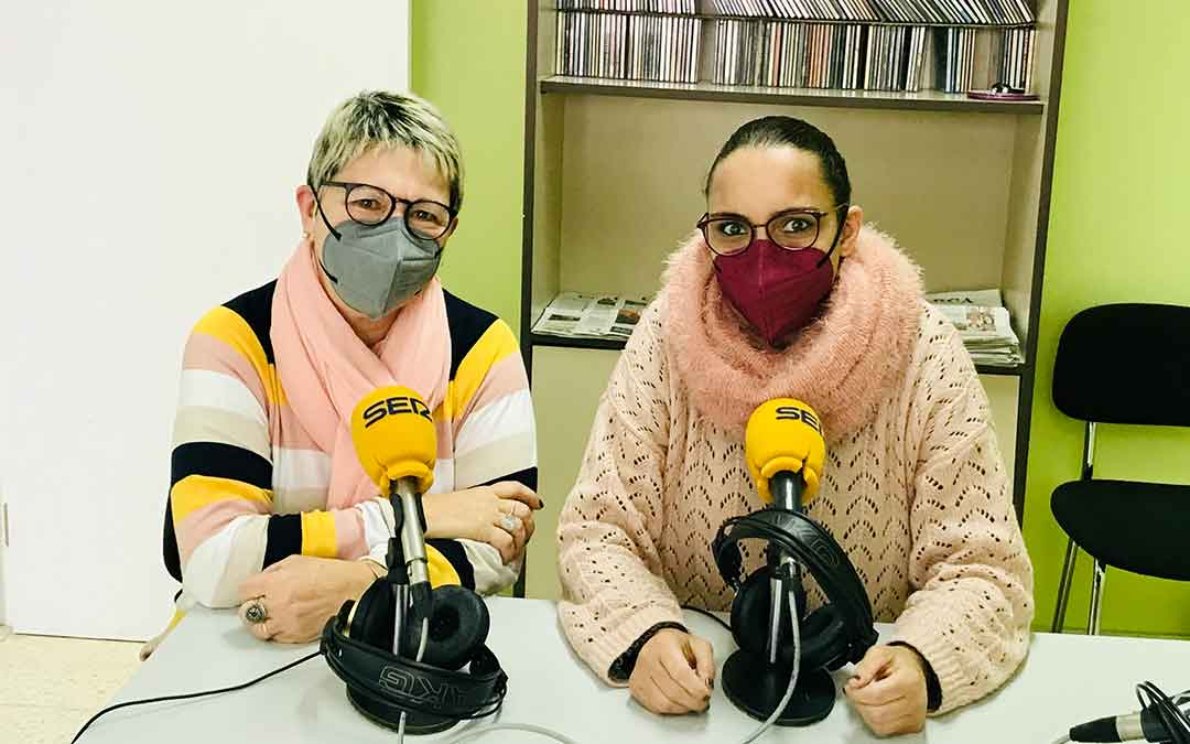 La caspolina Laura Piazuelo y su madre, Pilar Herrero.