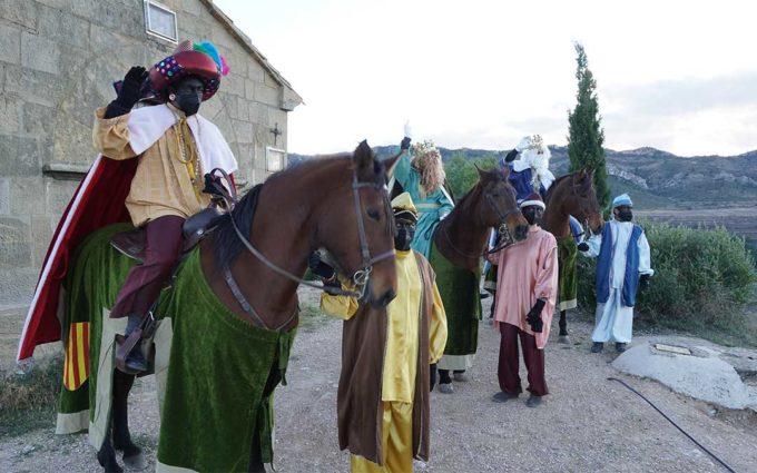 Los Reyes Magos llegan a Calanda cargados de regalos