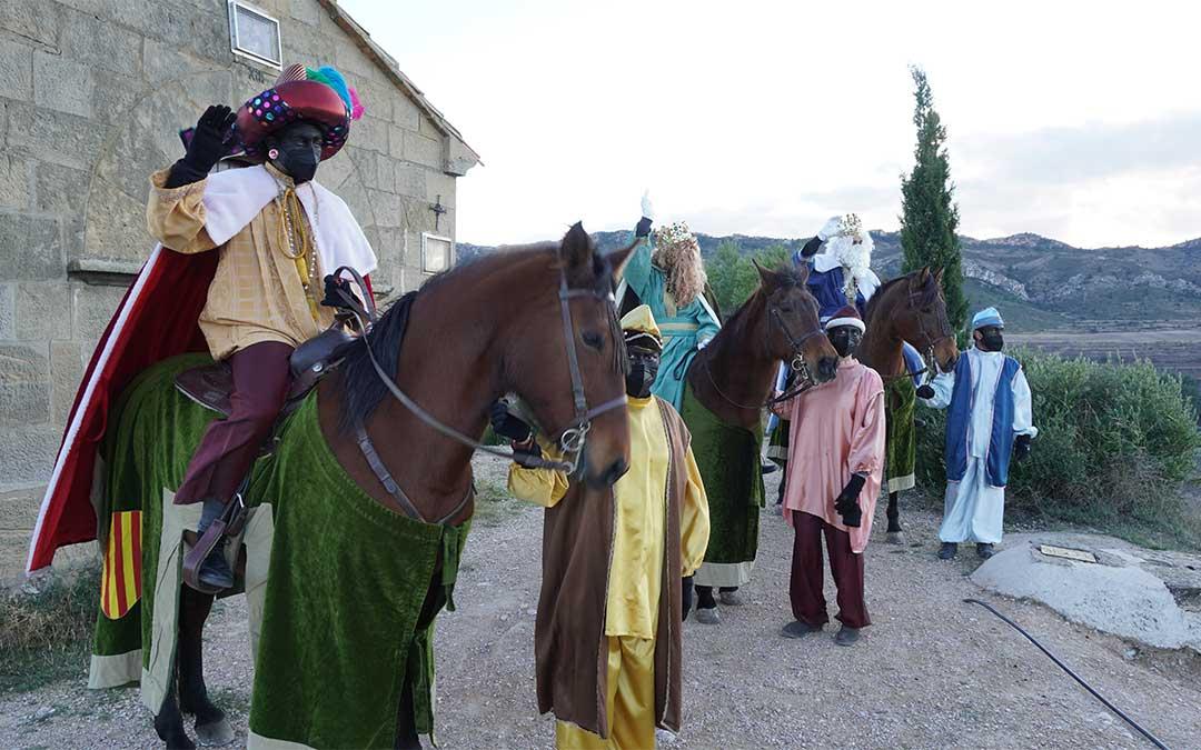 Los Reyes Magos llegan a Calanda montados a caballo./ Juan Peñalver