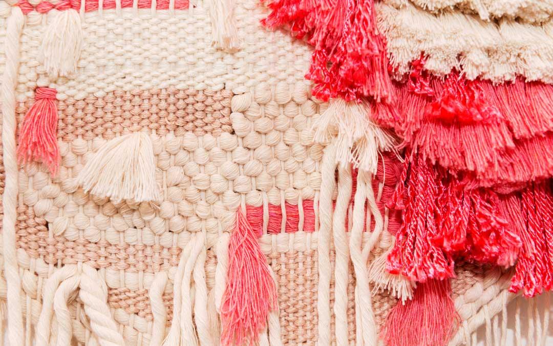 Detalle de un tapiz / M.F.