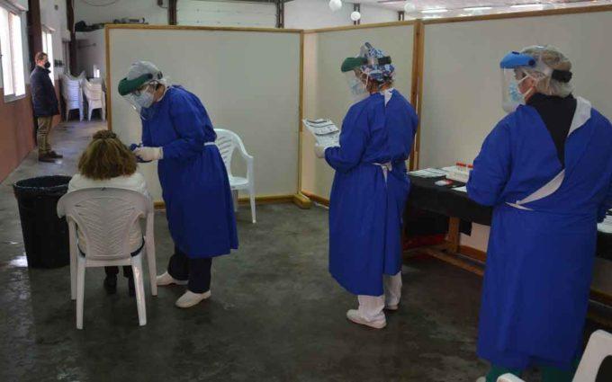Más de 70 positivos y casi 60 pruebas PCR este lunes en Valdealgorfa
