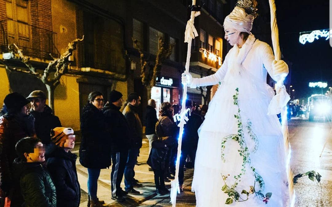 En una cabalgata de Reyes en Caspe con El Políglota. / Archivo personal