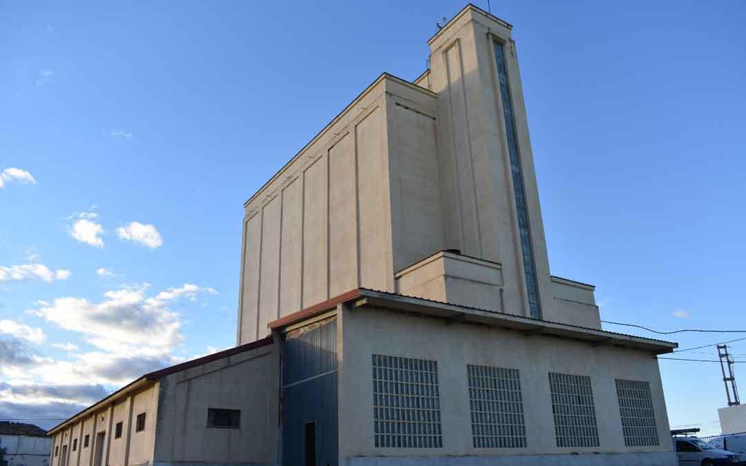 El silo de Alcañiz está situado en la avenida Zaragoza número 66. / SILO ALCAÑIZ S.L.