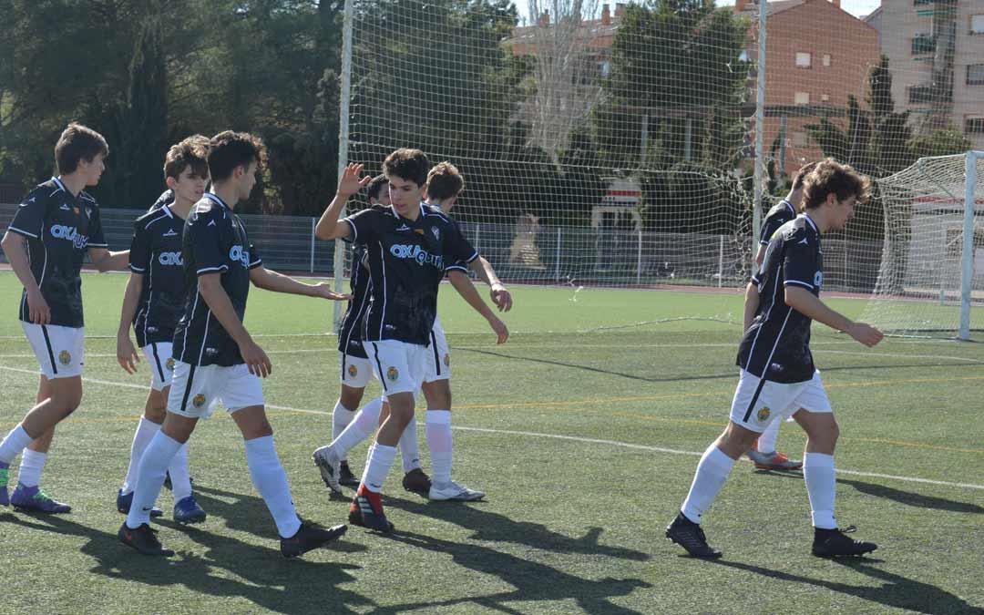 Alcañiz CF celebrando uno de los goles este domingo./I.M.