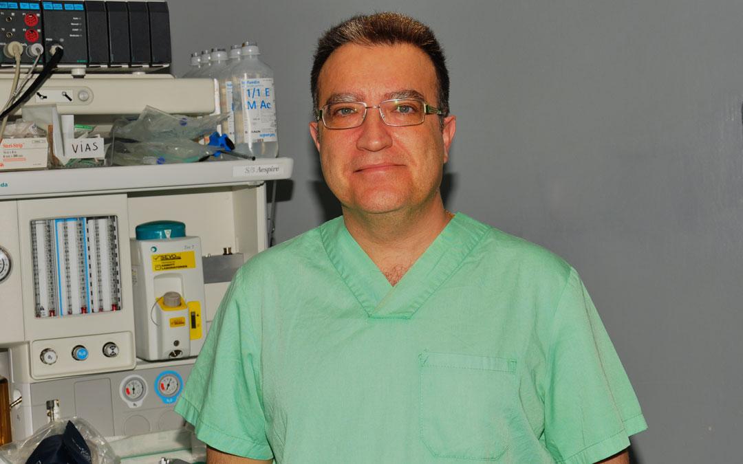 Fernando Martínez es el jefe de Cirugía del Hospital de Alcañiz, y miembro de la Asociación Española de Cirujanos./ F.M.