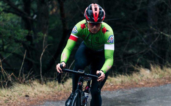 El ciclista cantaviejano Germán Castel debuta en Zumaia con el Huesca La Magia Renault